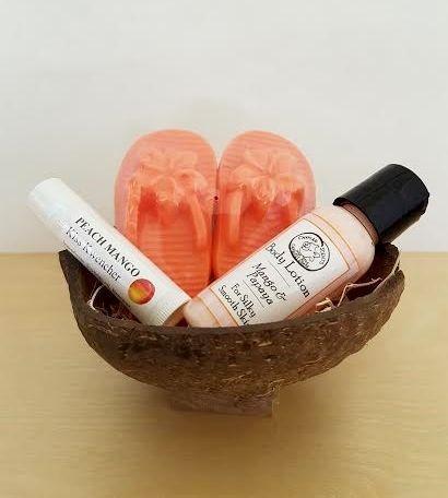 Mango & Papaya Coconut Shell Gift Set